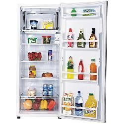 Sanyo 9.5-cubic-foot Apartment-size Refrigerator by Sanyo ...