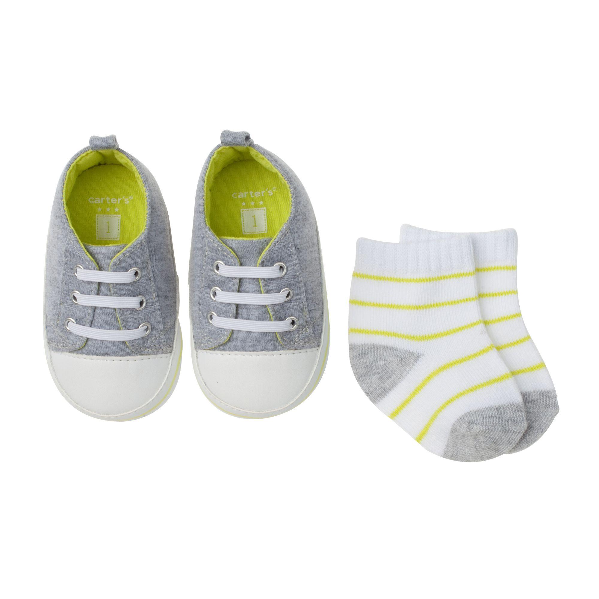 sneakers & sock set
