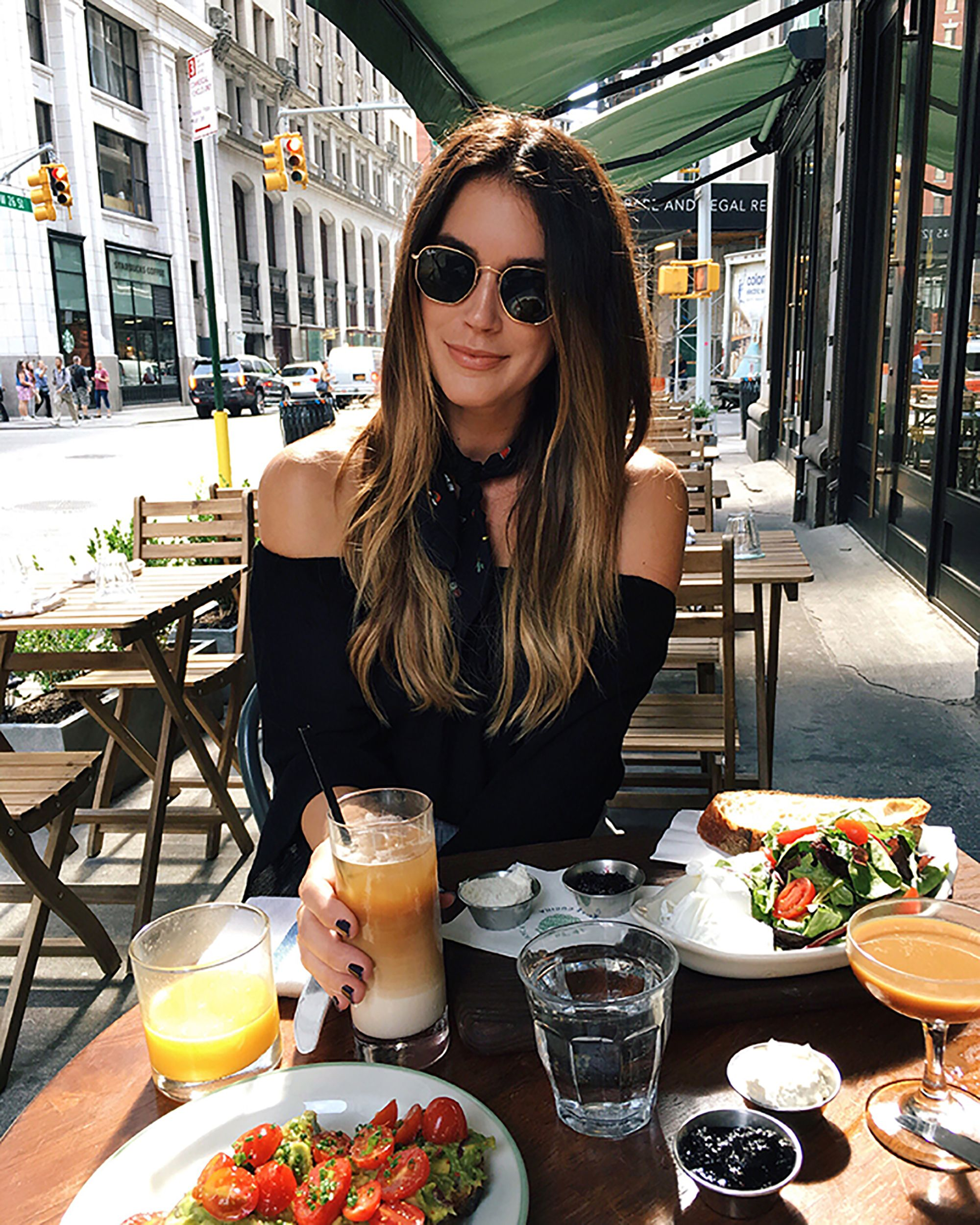I'm always overwhelmed with food options. My 5 favorite places to eat in New York have great vibes and the food is hands down delish!