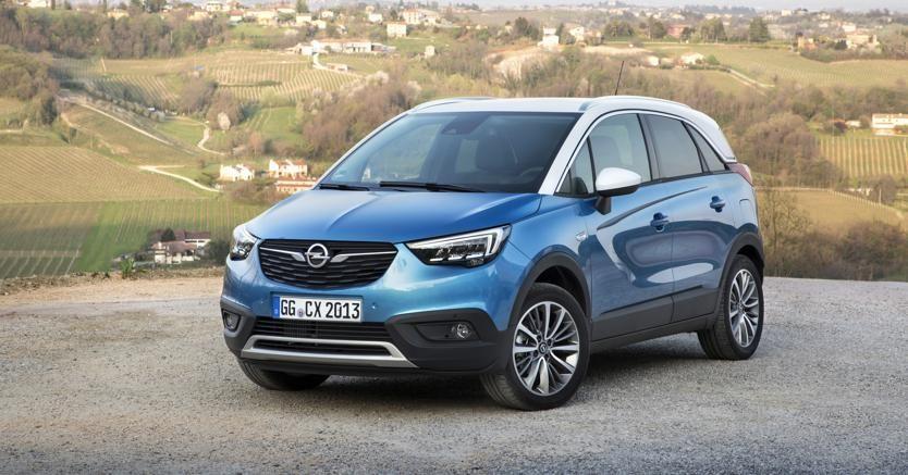 Nuovo Opel Crossland X, da 14.900 € con rottamazione. Prenota un test drive da Sinauto al n° 030/2120132. #opel #crossland #X #sinauto #mazzano
