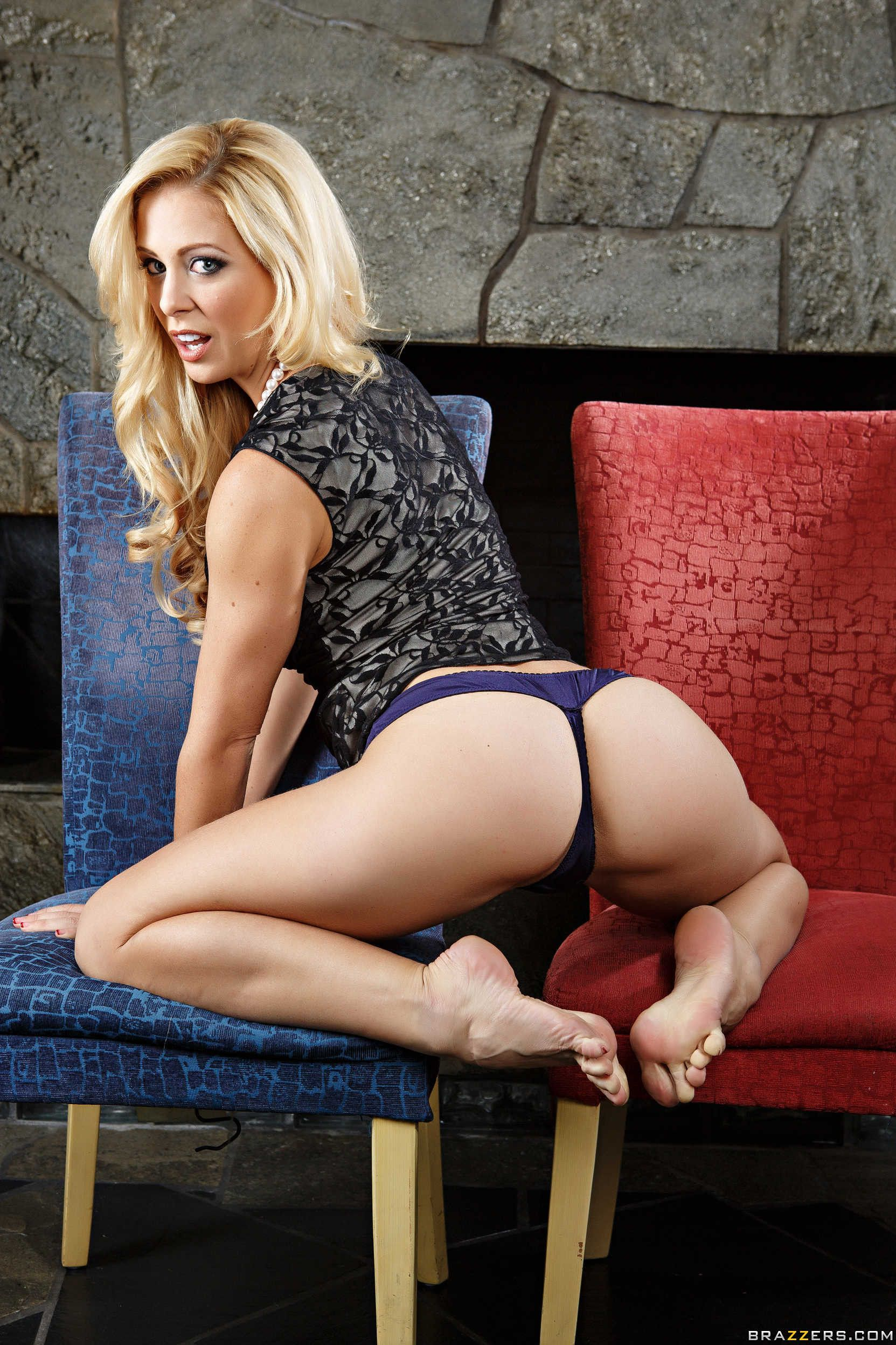 Cherie deville in the crack