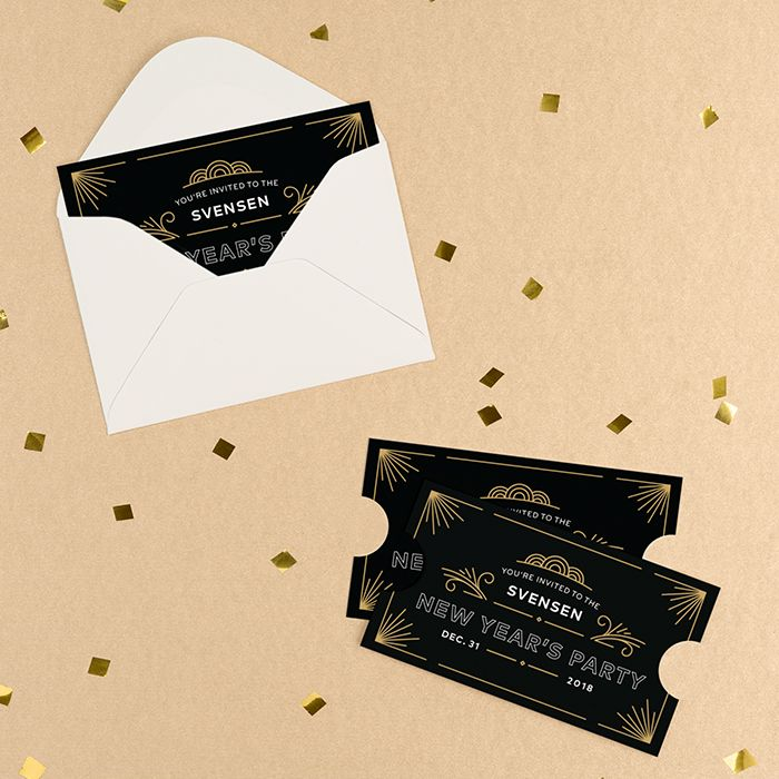 10 Holiday Invites You'll Wish You'd Thought Of First