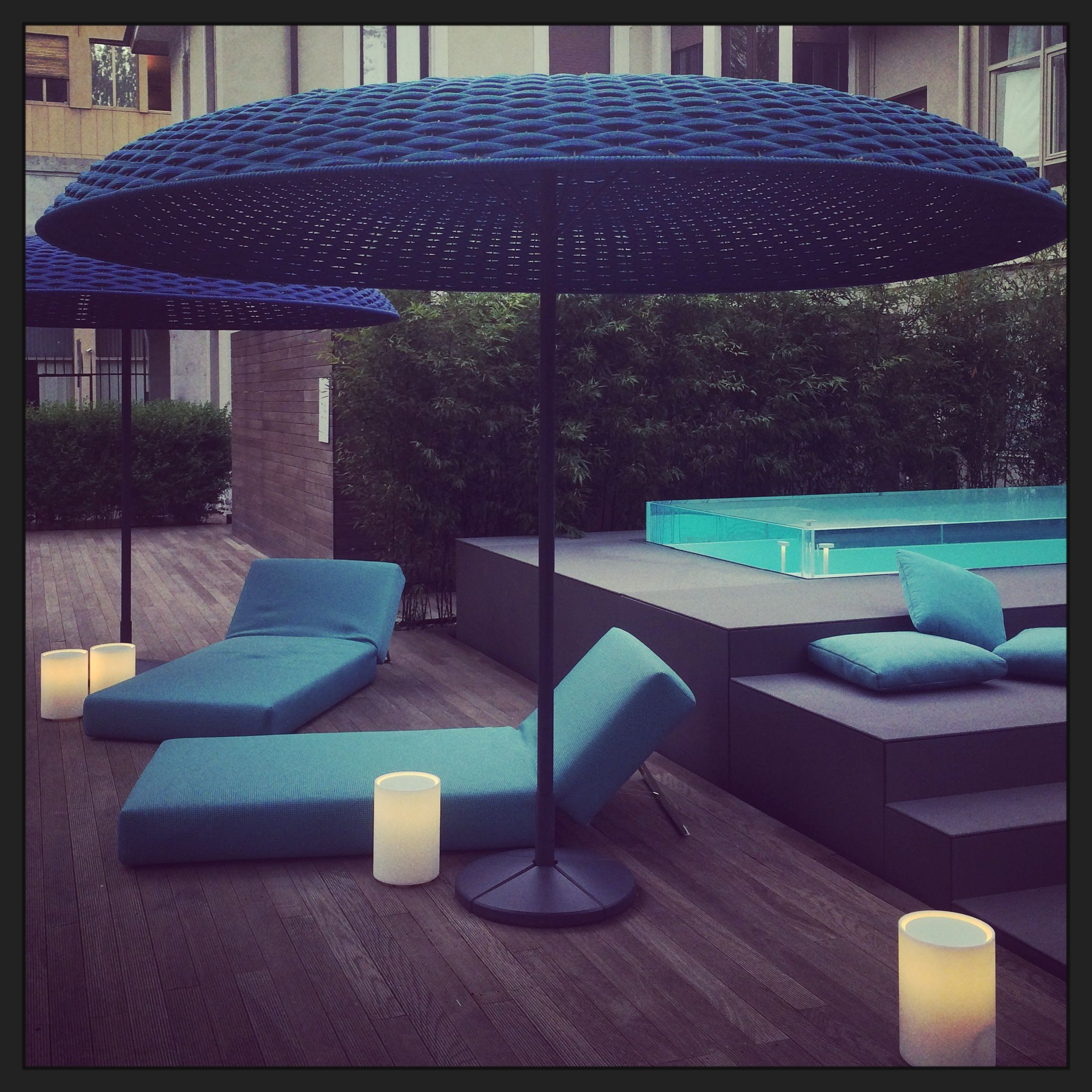 of best with umbrella for decoration furniture walmart plants and patio elegant red graphics chaise lounges exciting ideas table home double potted photos