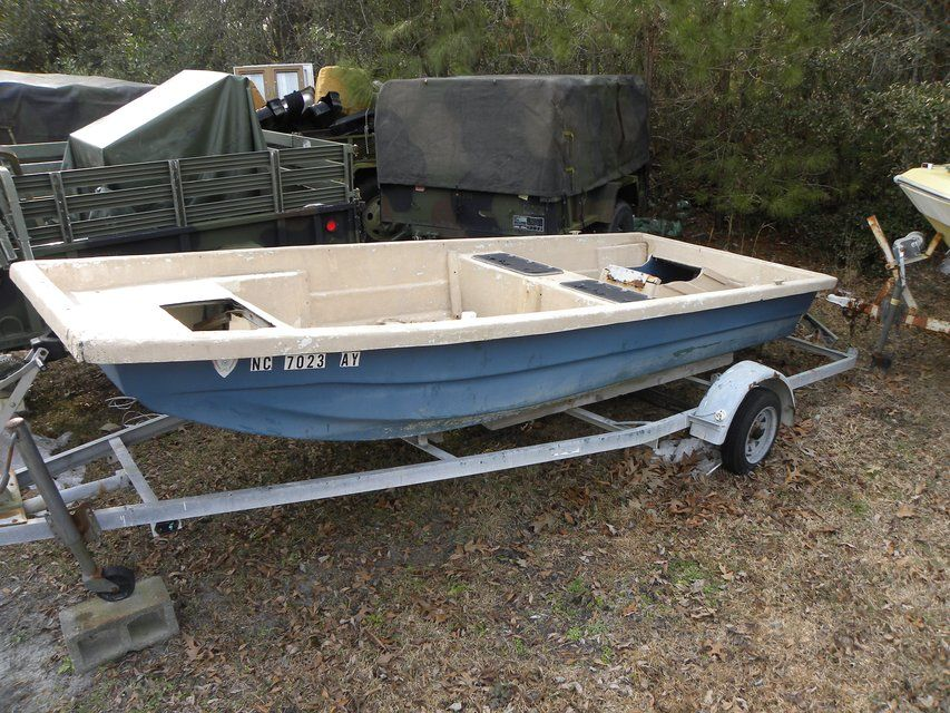 16 Foot fiberglass Factory Made WellBoat--With trailer--NO MOTOR - boat bill of sale