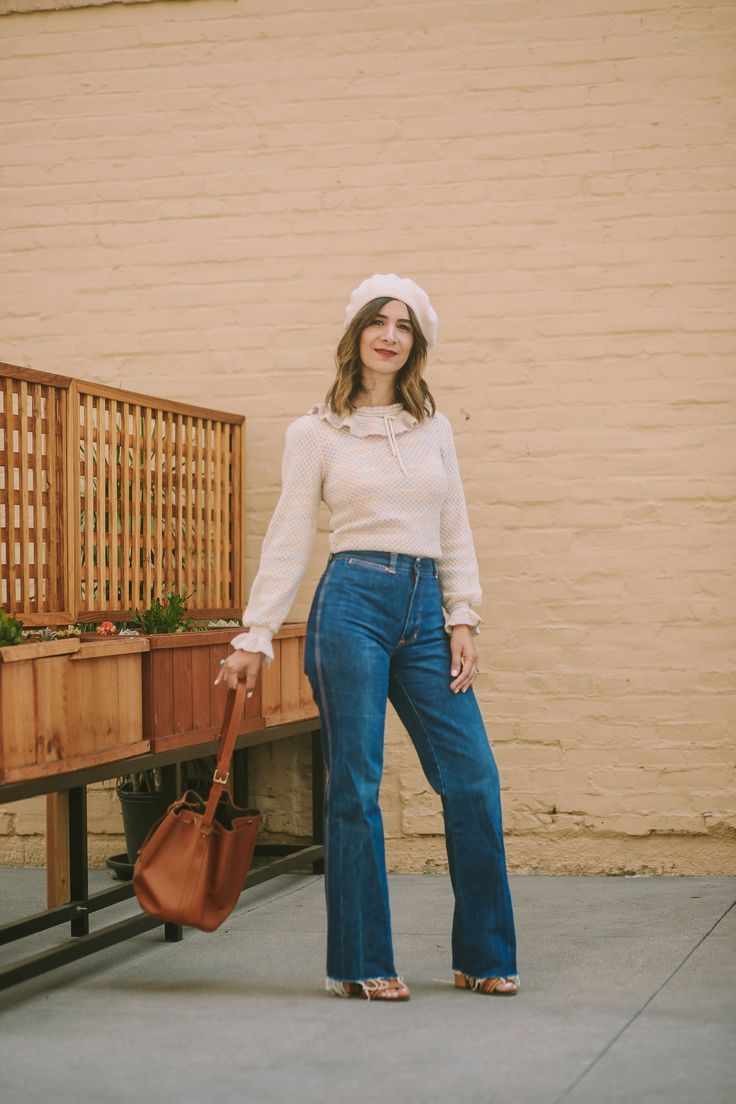 A Vintage Splendor Styles A Beret And Ruffle Sweater For Fall High Waisted Jeans Vintage Vintage Outfits High Waisted Jeans Outfit