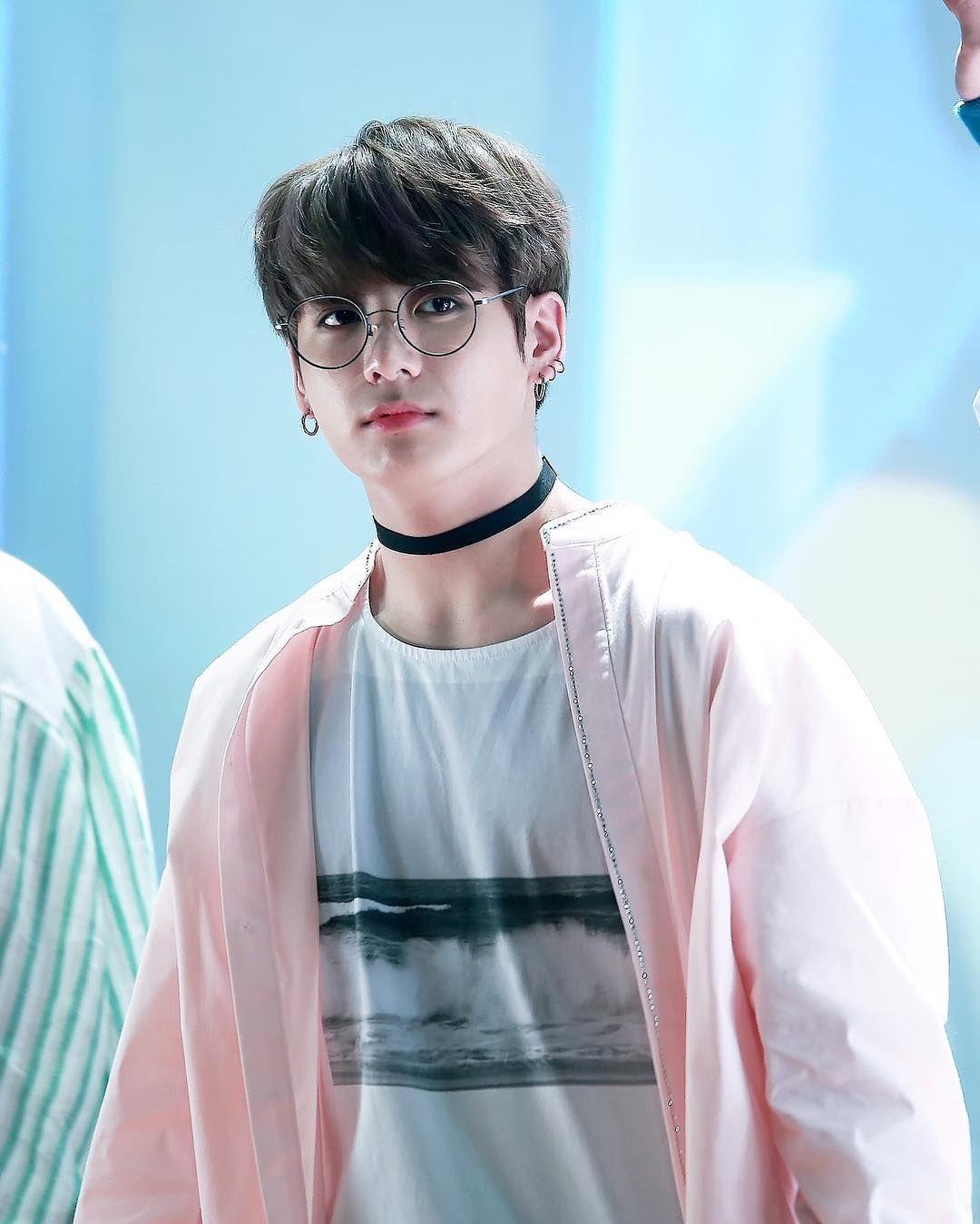 Bts Jungkook Glasses Wallpaper: Jeon Jungkook 전정국 (@bts
