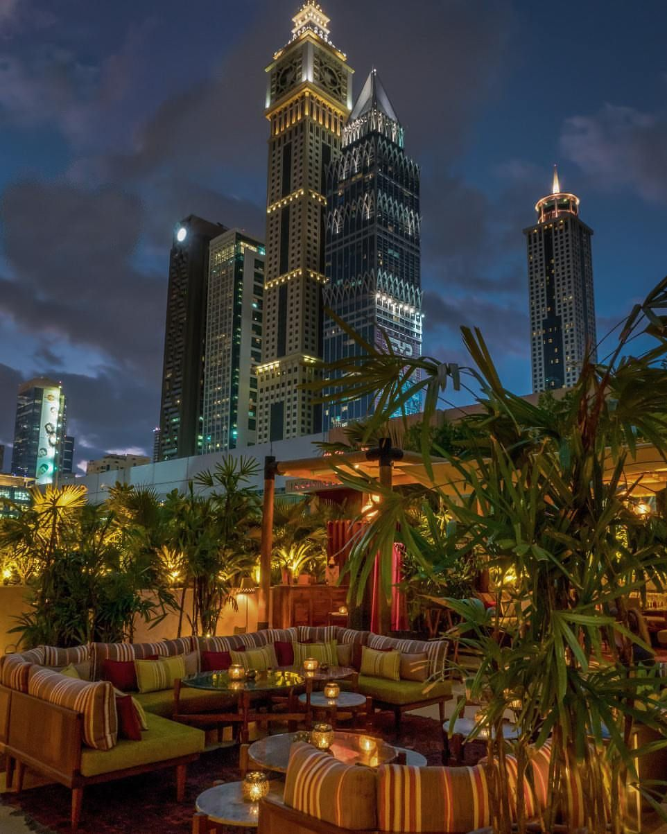 Ninive Dubai Restaurant Jumeirah Emirates Towers Empire State