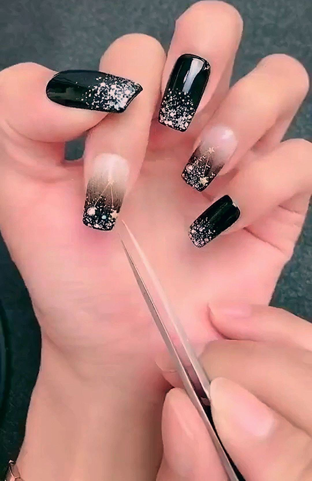 30 Inspiring Christmas Nails Ideas For Nail Looks Beautiful Who