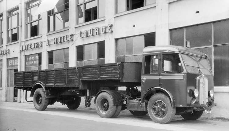 camion tracteur renault type abgd 85 cv 10 tonnes 1936 renault communication photographe. Black Bedroom Furniture Sets. Home Design Ideas