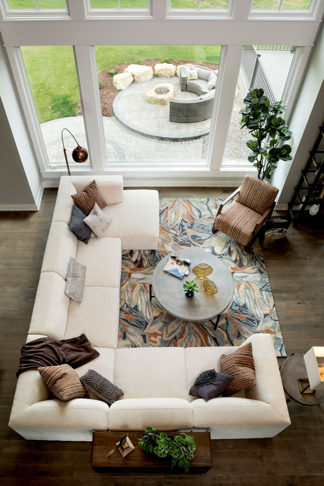 Finn 6 Piece Sectional Living room furniture layout