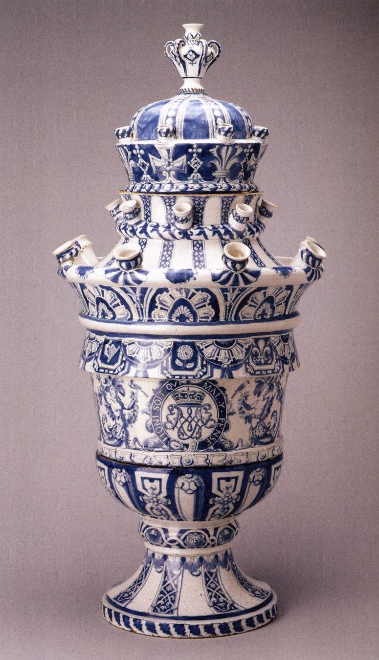Tulip Vase With The Arms Of Willem Iii By Delft Vases Come From Holland And Tulips Oh I See