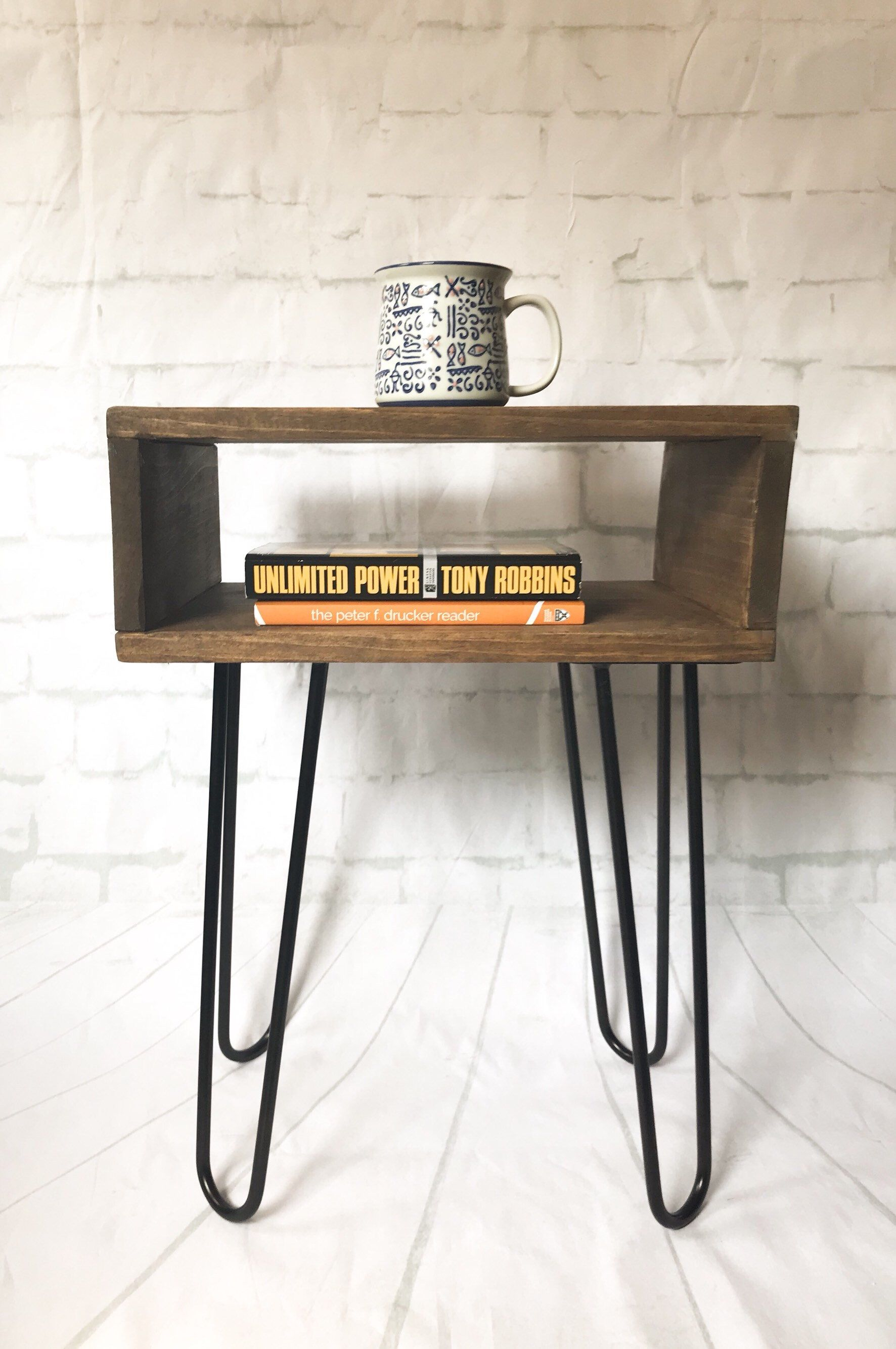 Minimalist Nightstand Modern Mid Century Credenza Record Player Stand Turntable Stand Hairpin Side Table Minimalist Industrial Console Mid Century Modern Nightstand Minimalist Nightstand Small Nightstand