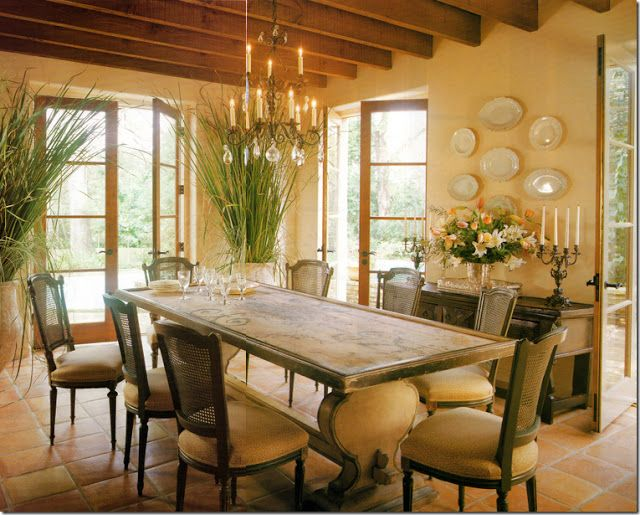 Exploring Wall Color The Warm Tones Yellow And Gold Dining Room