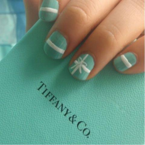 Soooooo doing this!!!! I love me some Tiffany's!