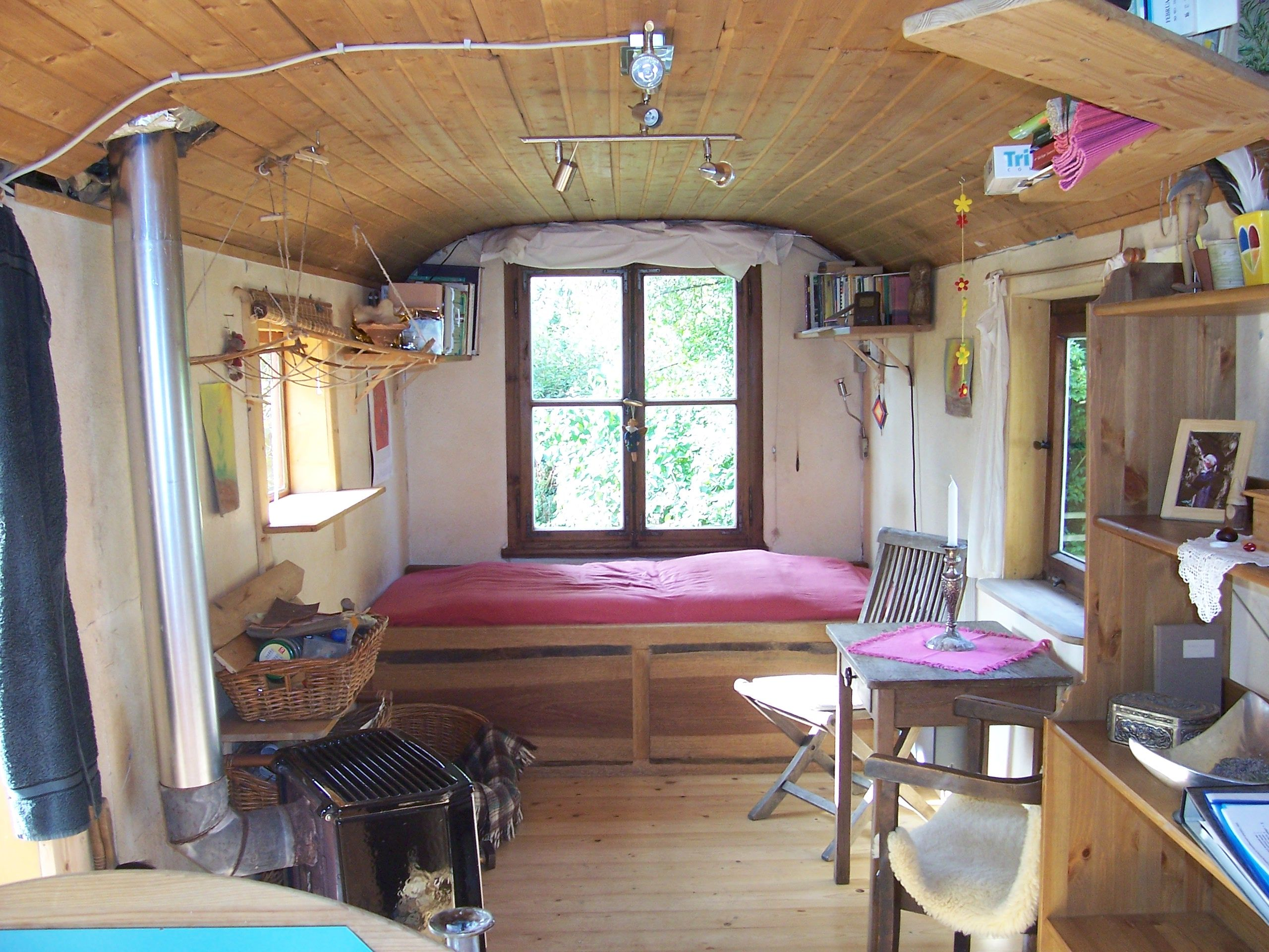 bildergebnis f r bauwagen innenausbau a northwoods cabin pinterest tiny houses shepherds. Black Bedroom Furniture Sets. Home Design Ideas