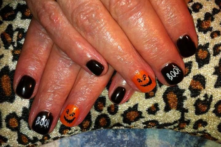 Rebecca was delighted that her mother chose to indulge in some Halloween nail art this year.