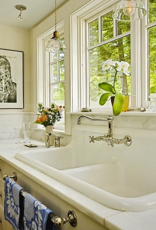 Classic Cape In Vermont Brunch At Saks Farmhouse Sink Kitchen Country Kitchen Designs Home