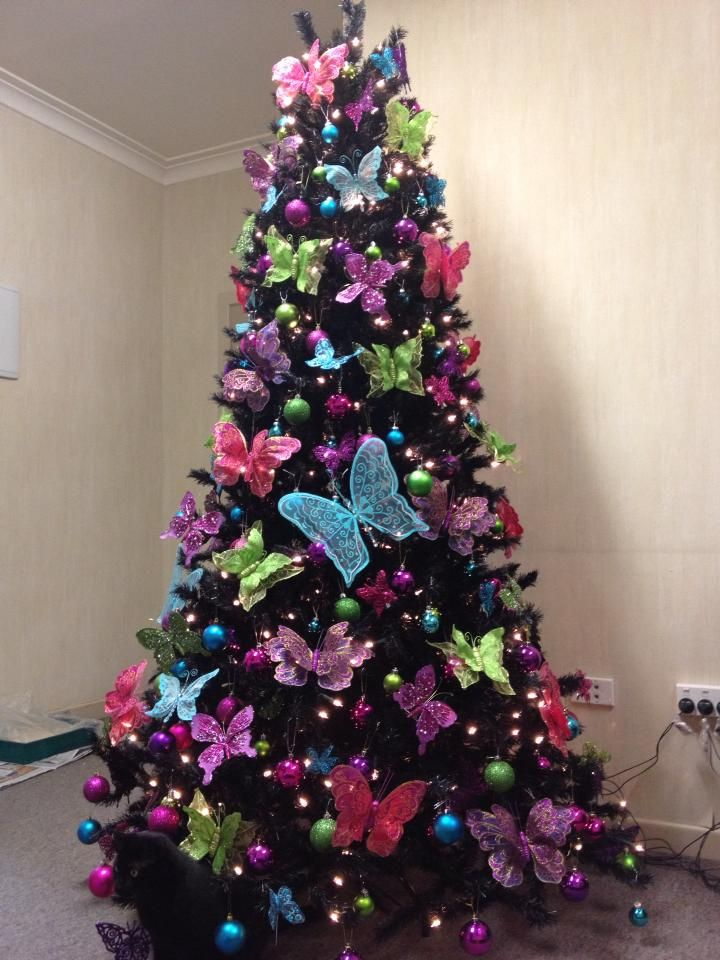 50 People Who Won Christmas With Their Creative Christmas Tree Ideas Creative Christmas Trees Christmas Tree Images Christmas Tree