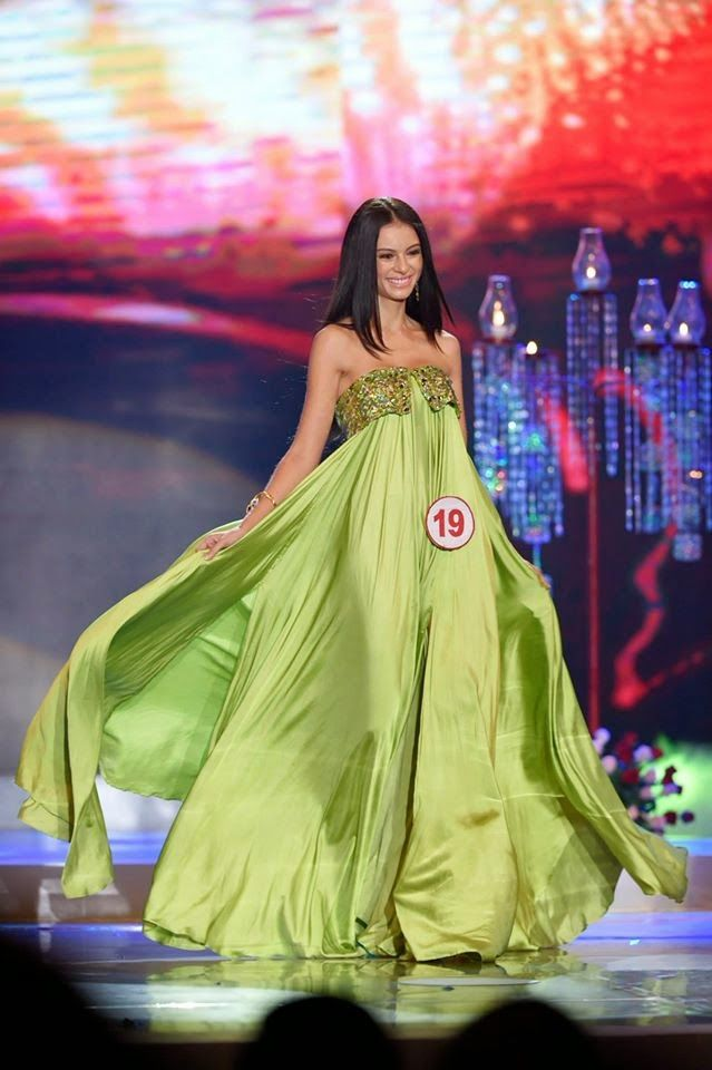 SASHES AND TIARAS..Best Beauty Pageant Gowns of 2014