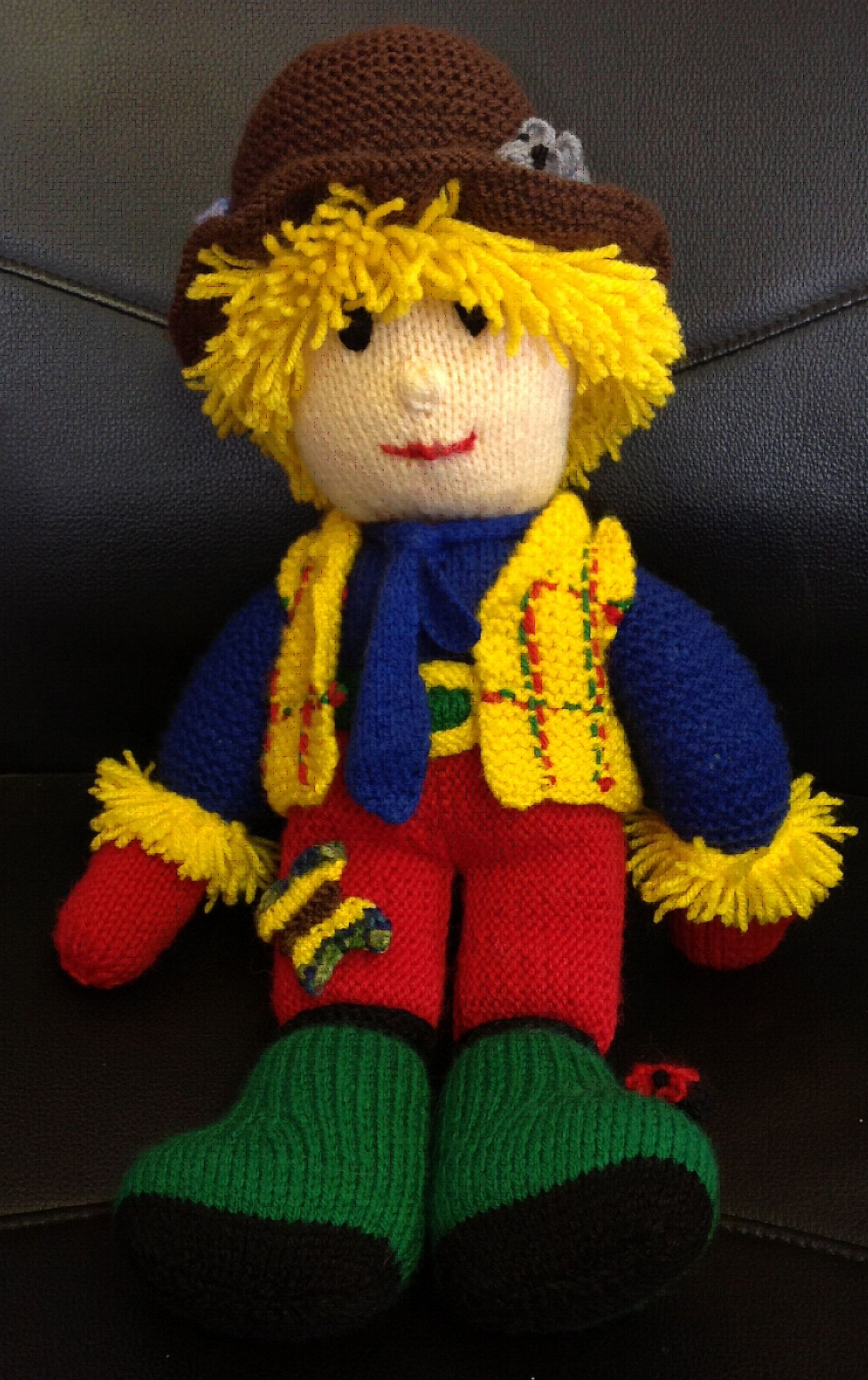 Dementia charity pattern: Archie the Scarecrow | Scarecrows and Patterns