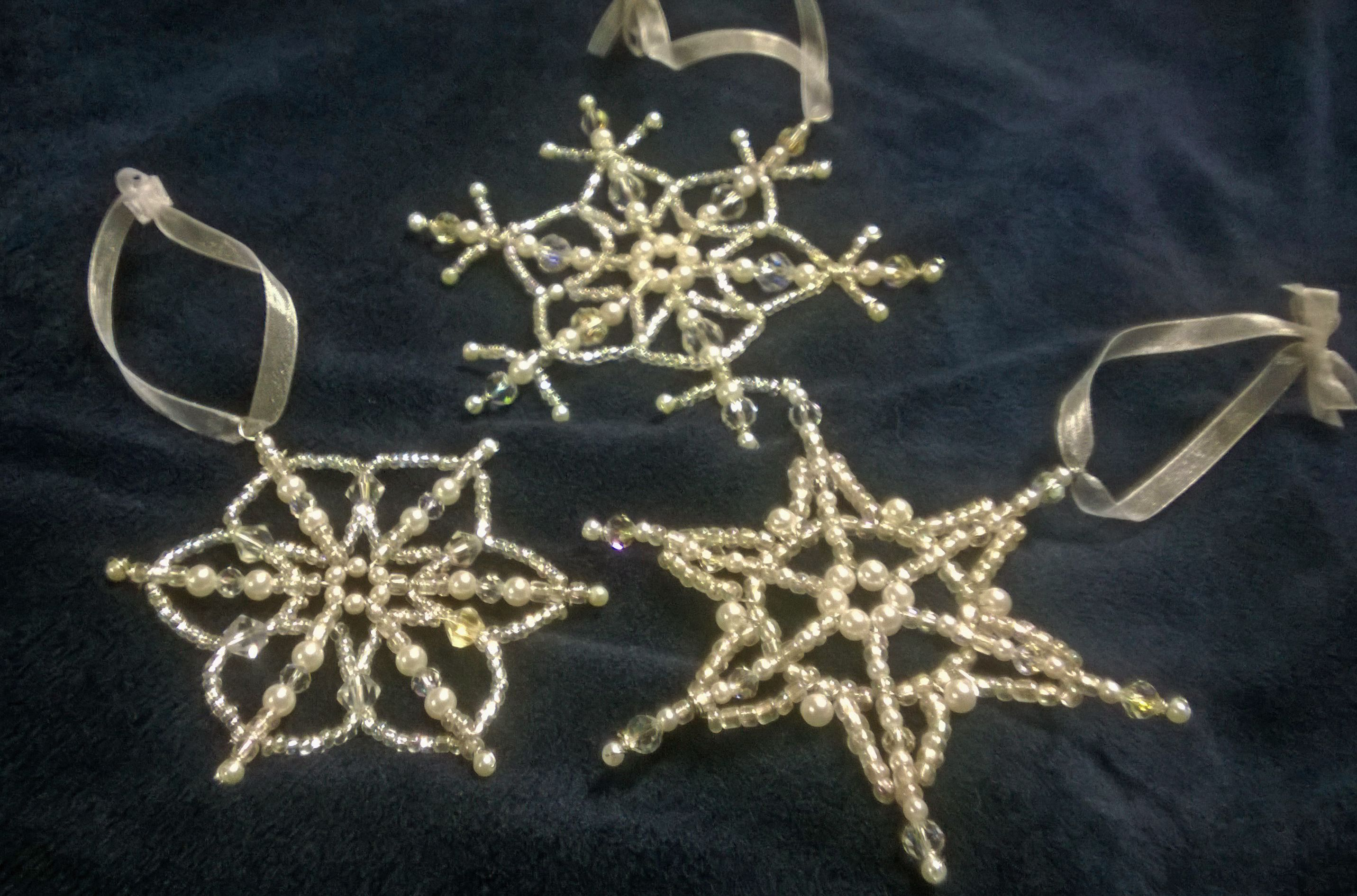 Beaded snowflakes, 22 and 24 gauge wire | Beading and Jewelry Making ...