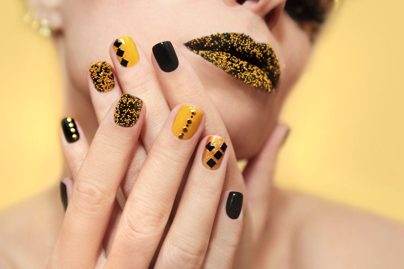 13+ Nail art gialle e nere trends