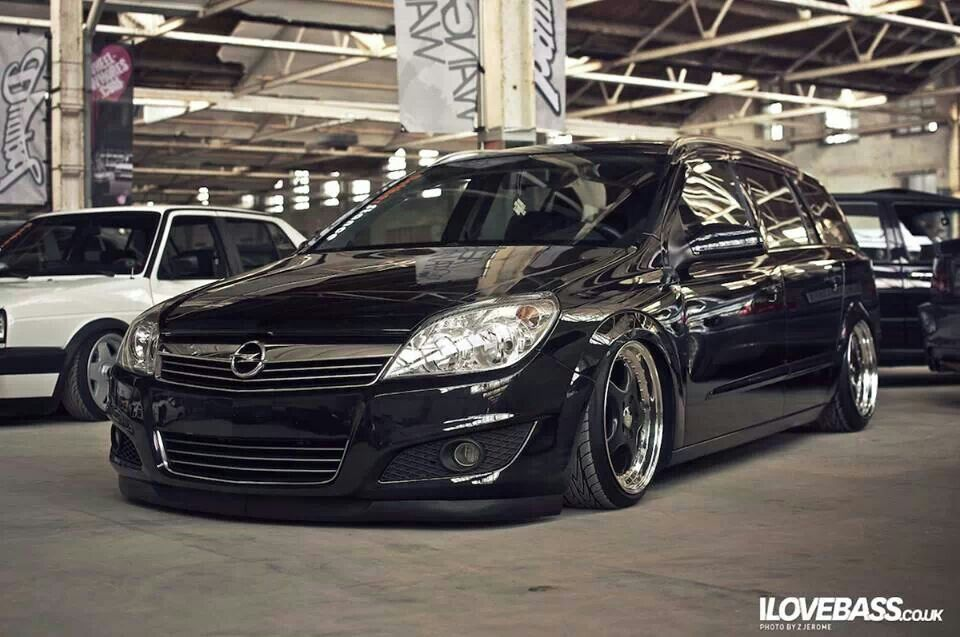 That S What I Want Opel Astra Estate Slammed And Sweet Wheels