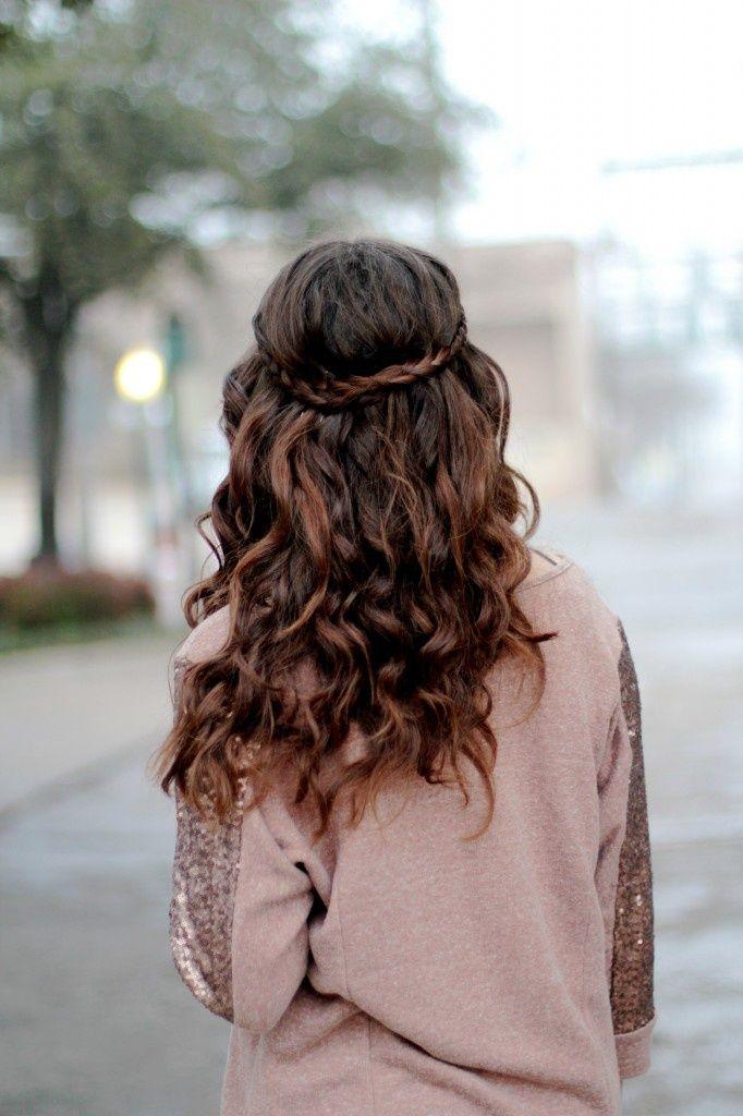 peinado perfecto para ocasiones elegantes y casuales........