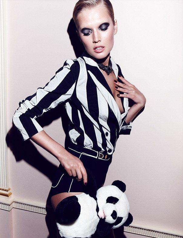 Toni Garrn Sports Geometric Prints for Vogue Mexico February 2013 Cover Shoot