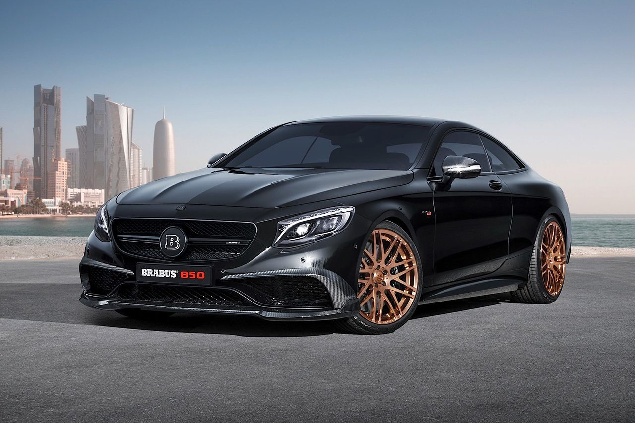 Brabus 850 6 0 Biturbo Coupe Is The World S Fastest All Wheel Drive Coupe Luxury Cars Bentley Bugatti Cars Coupe Cars