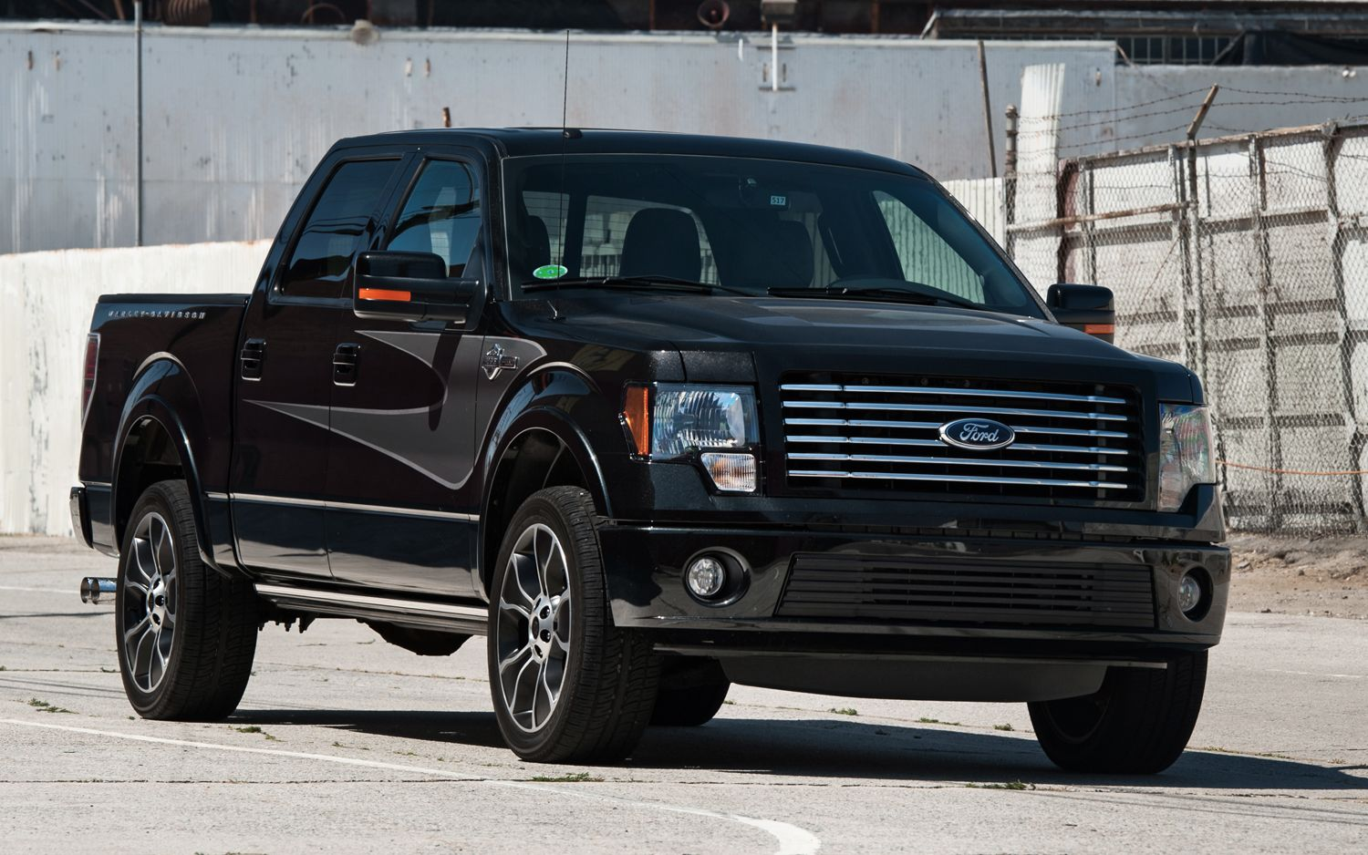 2012 ford f 150 supercrew harley davidson edition front view