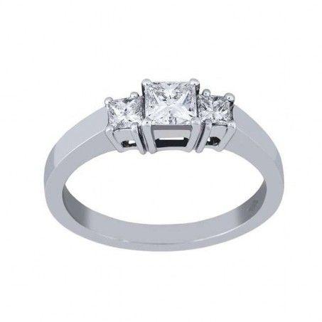 bague diamant taille princesse