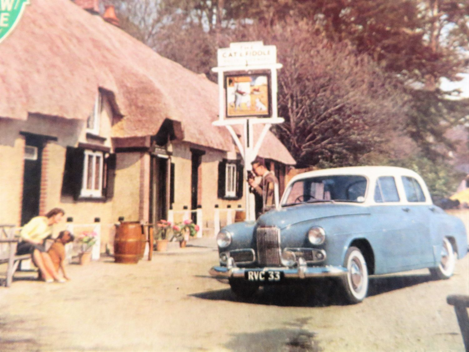 Victory jigsaw puzzle, the Cat and Fiddle Inn, New Forest