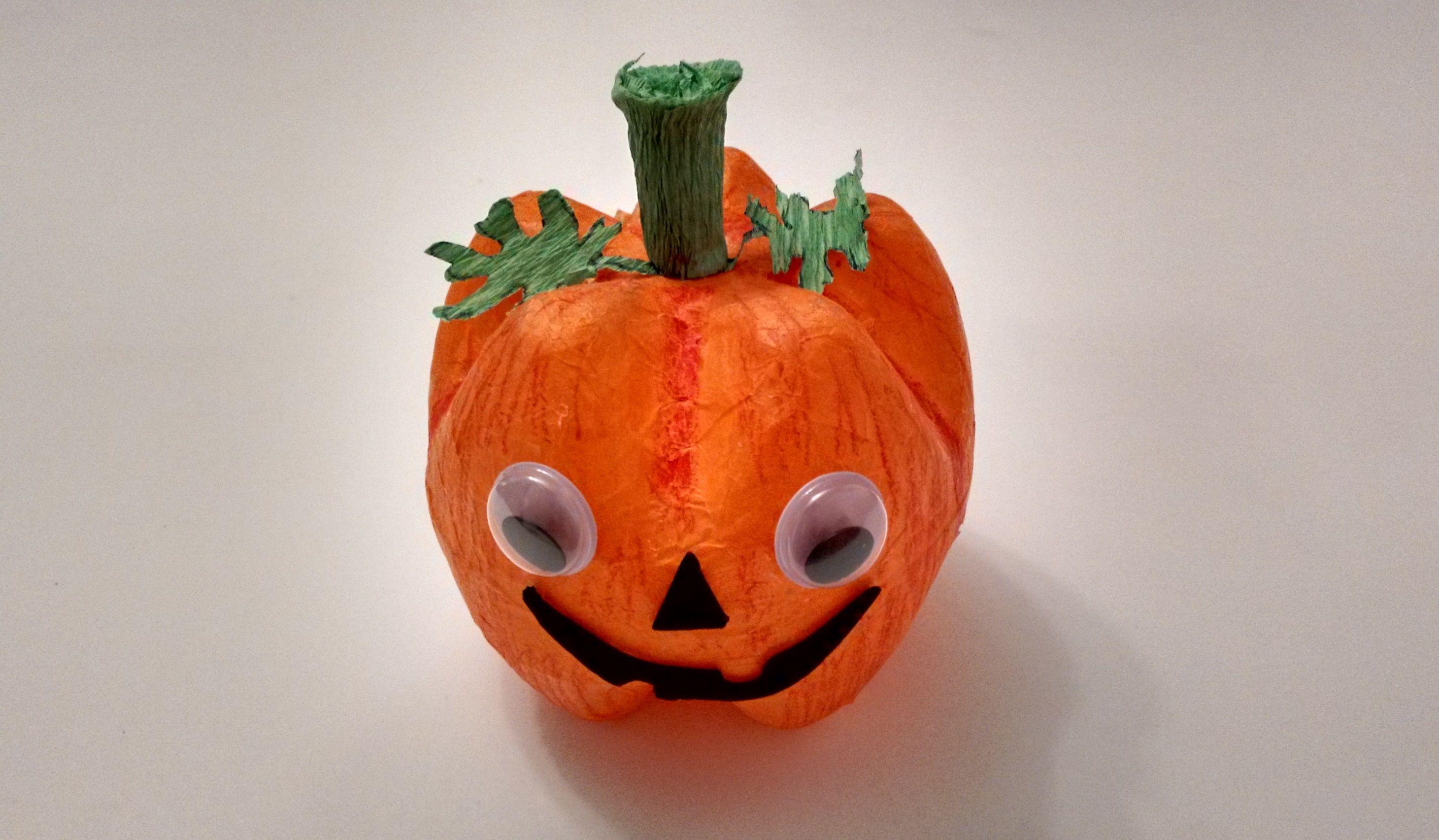 Original y f cil idea de manualidad infantil o para ni os - Calabazas para halloween manualidades ...