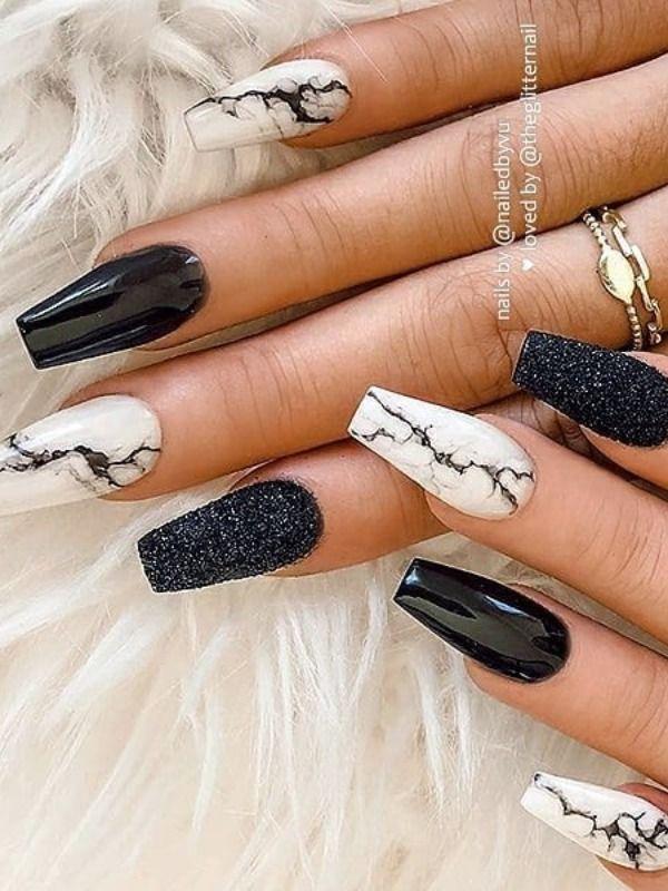 The Most Beautiful Black Winter Nails Ideas | Styl