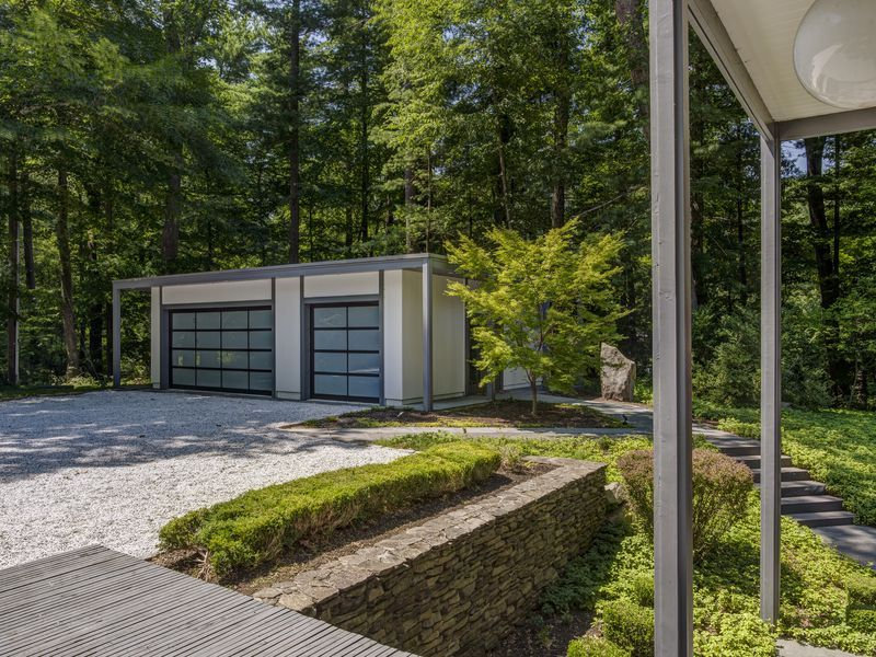 Marvelous Midcentury Home Outside Nyc Wants 1 7m Mid