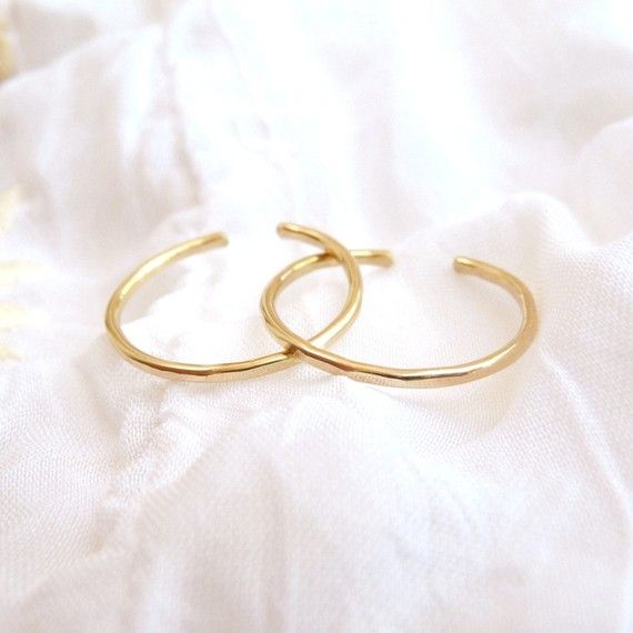 gold stackable toe rings