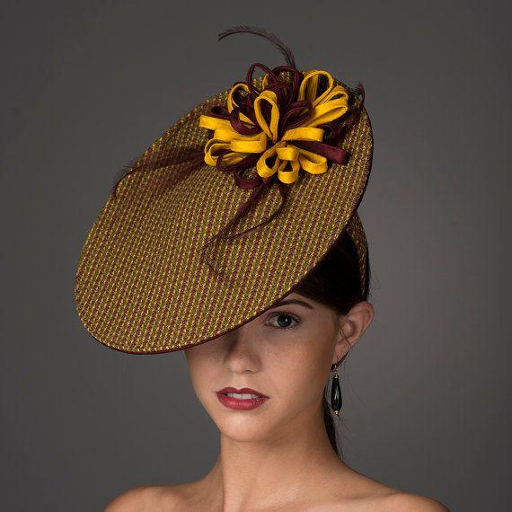 SALE // Saucer Fascinator Hat Kentucky Derby Hat in von millistarr