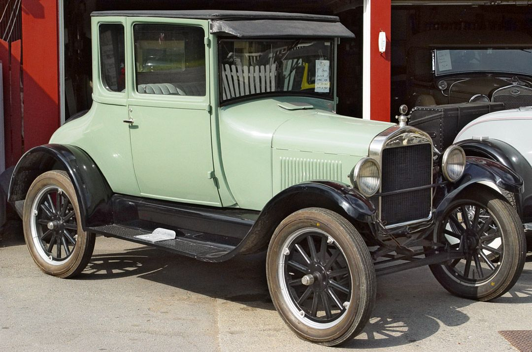 1926 Ford Model T Coupe Light Green I Chose This Because I Love This Car And The Color I Want One Ford Models Classic Cars Vintage Car Ford