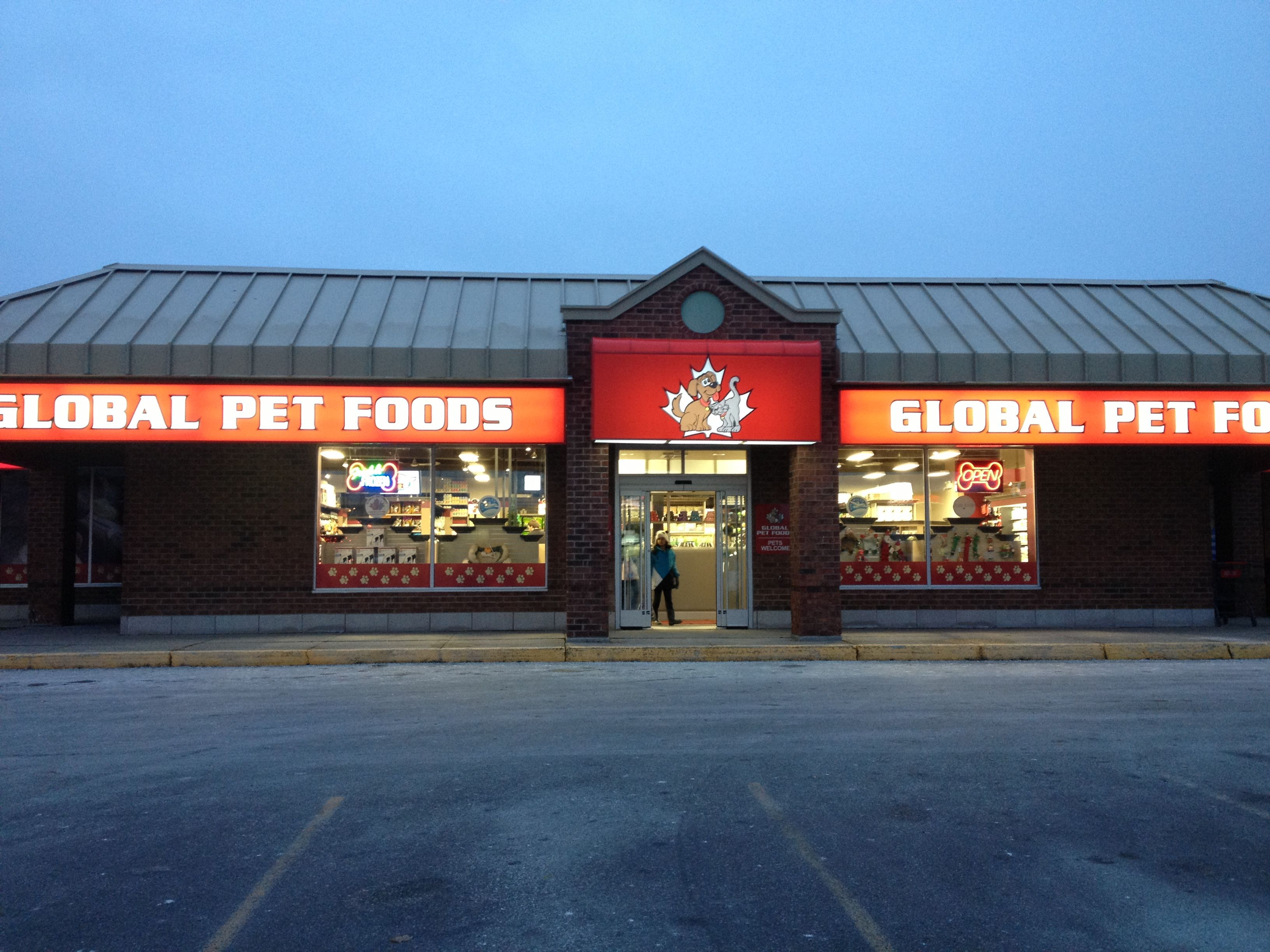 The Global Pet Foods store in Newmarket (130 Davis Drive