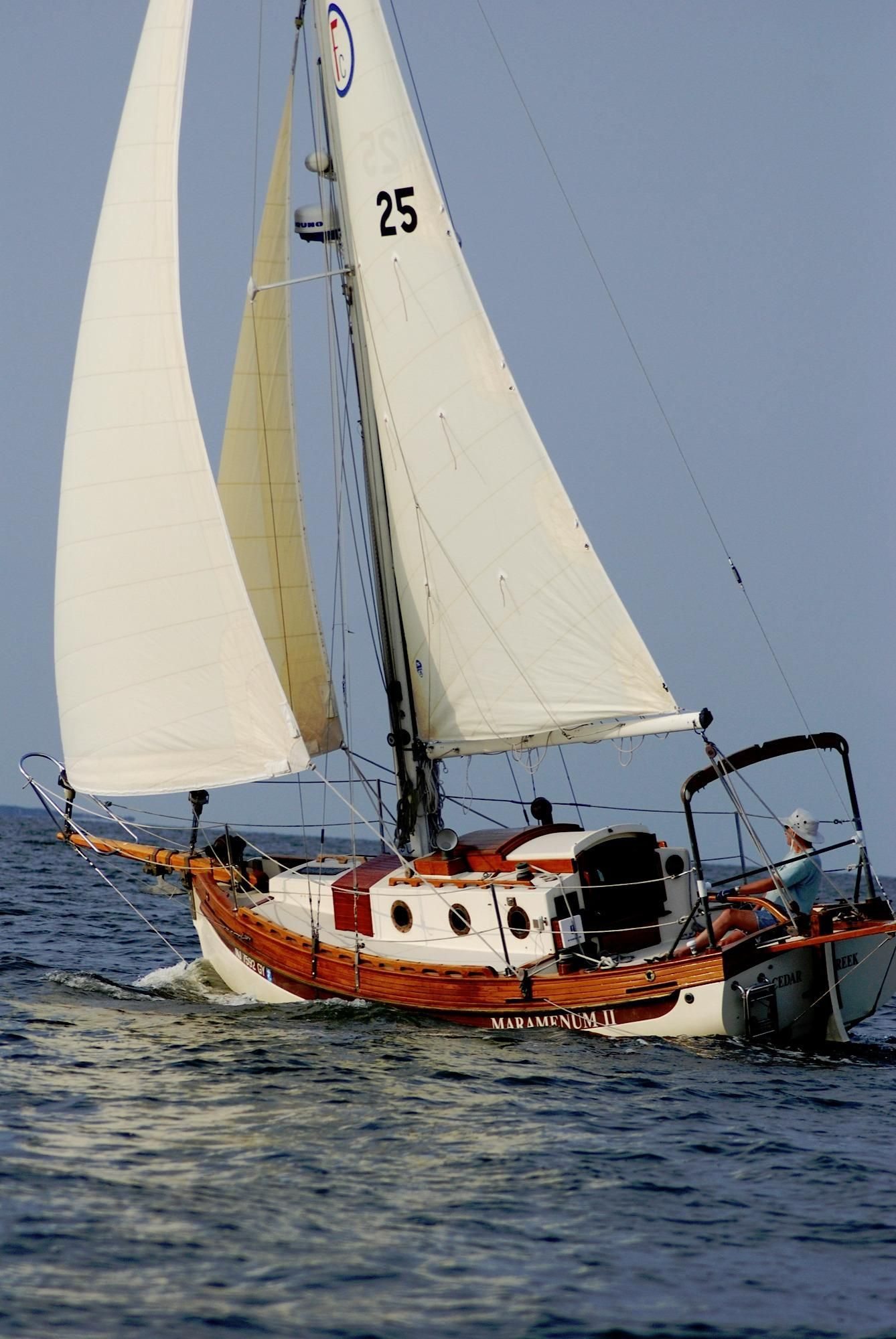 1985 sam l morse falmouth cutter 22 sail boat for sale gaff cutter sail boats pinterest boote. Black Bedroom Furniture Sets. Home Design Ideas
