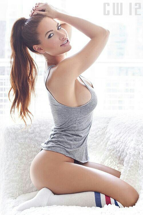 Porn nude babe in tube socks facial wash