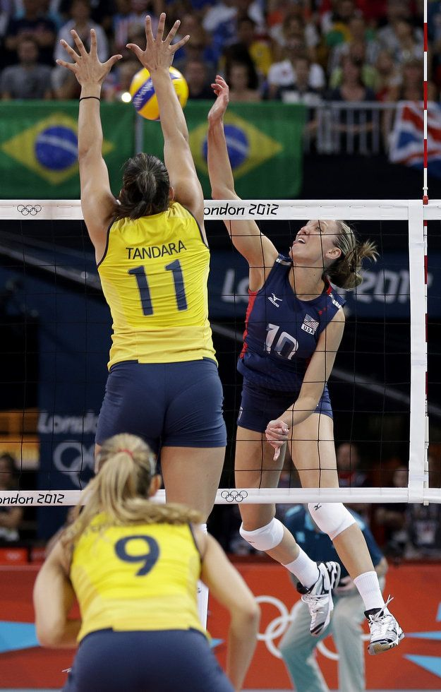 Http Media Oregonlive Com Oregonian Photo 2012 08 6bf46c790f9f9f98 Jpg Female Volleyball Players Volleyball Players Sports Women