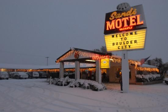 Sands Motel Who Says It Doesn T Snow In The Desert