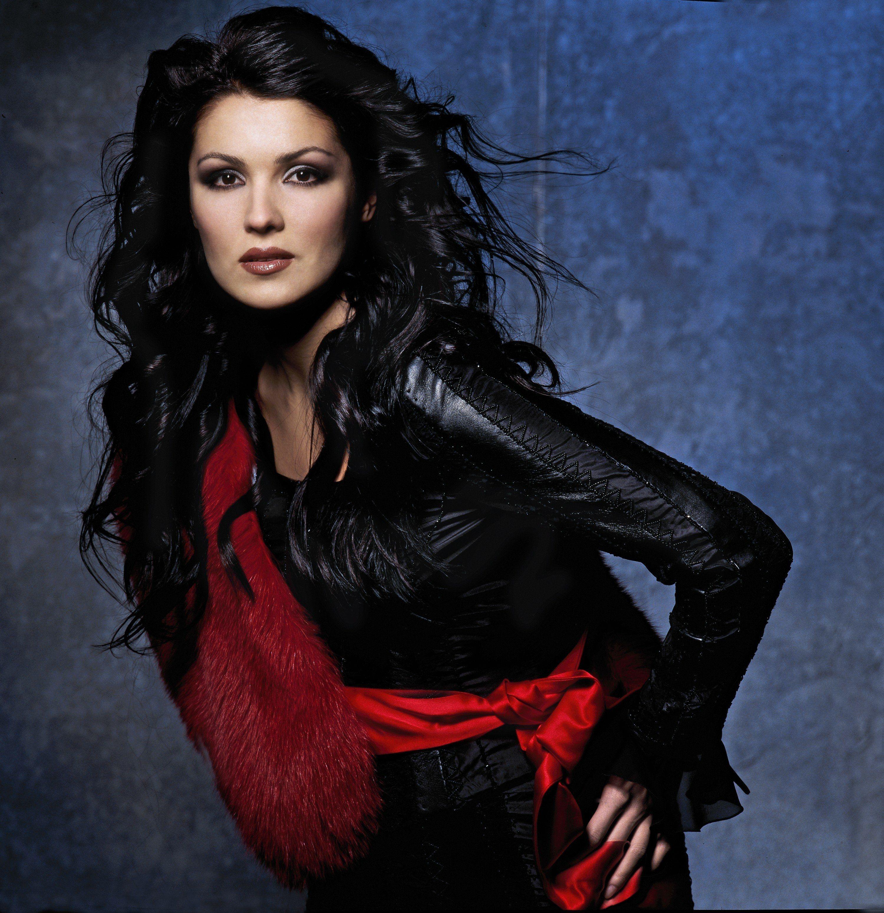 Anna netrebko world opera megastar is judiciously named as the reigning new diva of the 21st - Anna netrebko casta diva ...