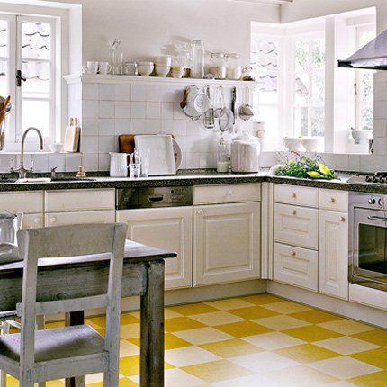 rev tement de sol le linol um revient en force damier jaune et rev tement de sol. Black Bedroom Furniture Sets. Home Design Ideas