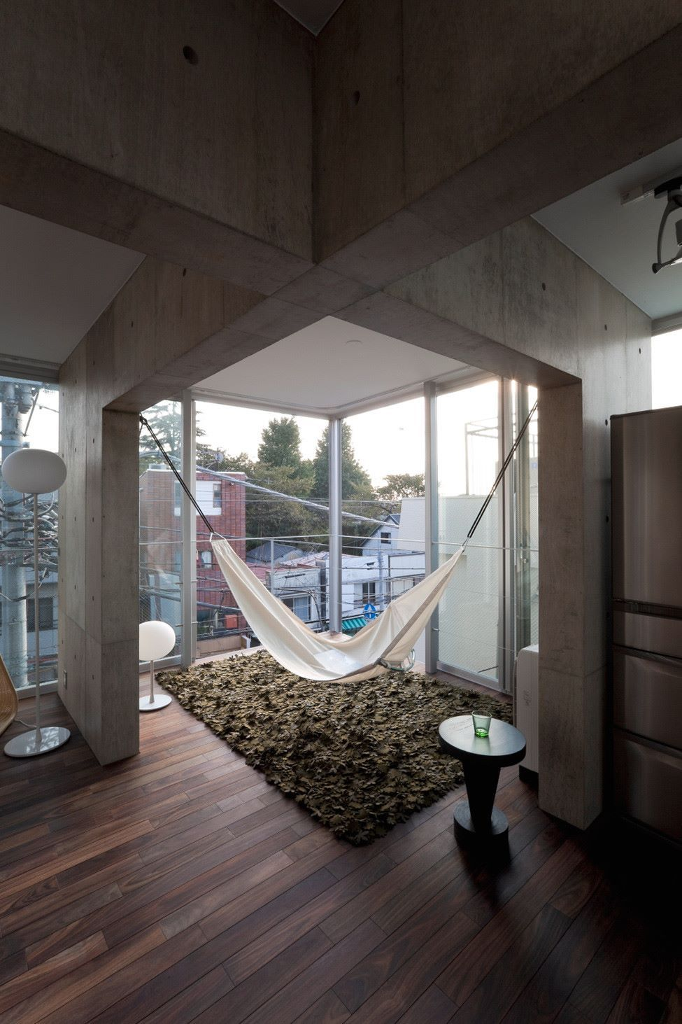 It Is The Lease Collective Housing Built In Uehara, Downtown Of Tokyo. It  Offering The Open And Free Places Fit For The State Of New City Privacy.