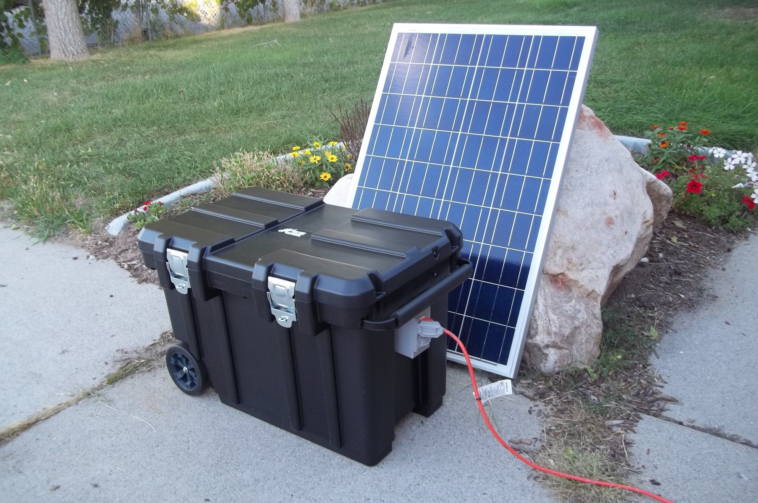 Robot Check Portable Solar Generator Solar Panels 100 Watt Solar Panel