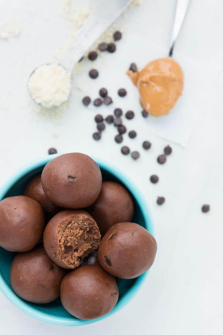 27 Easy & Healthy No Bake Snacks You Can Make images