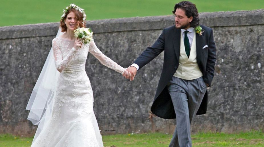 Kit Harington Wedding.Kit Harington Rose Leslie Get Hitched In Traditional Scottish